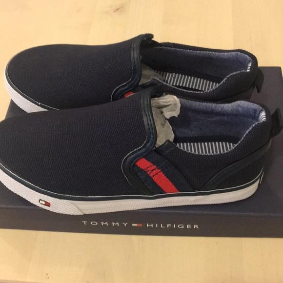 6bbcbd2a6e62d Brand New Tommy Hilfiger Navy Boys Size 12 slip-on